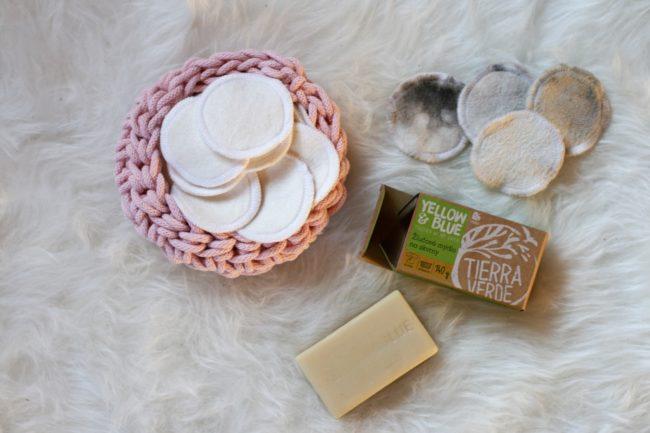 Látkový kosmetický tampon, žlučové mýdlo