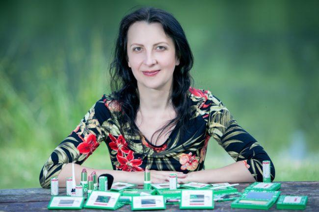 Cosm´etika česká bio veganská dekorativní kosmetika